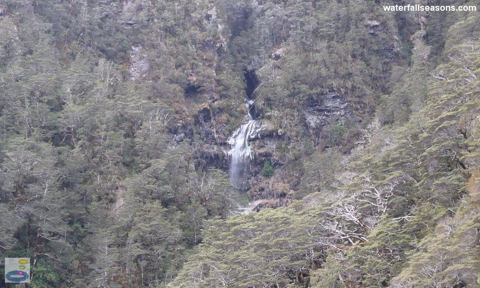 Bridal Veil Falls from the lookout on the Arthur's Pass Walking Track