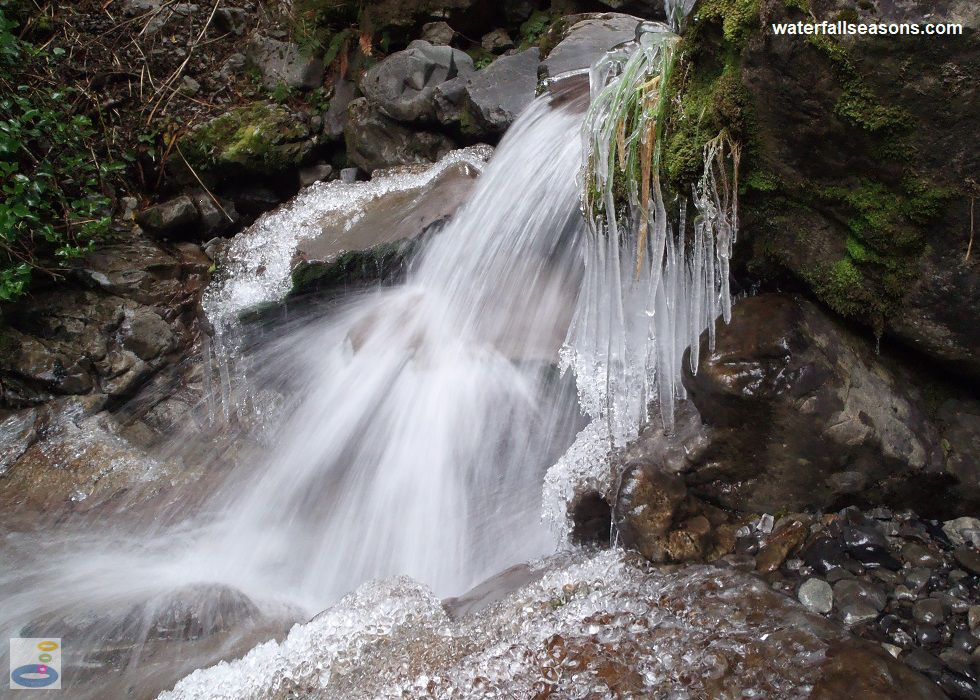 An icy cascade near Bridal Veil Falls along the Arthur's Pass Walking Track